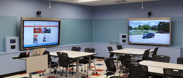 Modern Technology In Classroom ~ New technology enhanced classroom provides collaborative