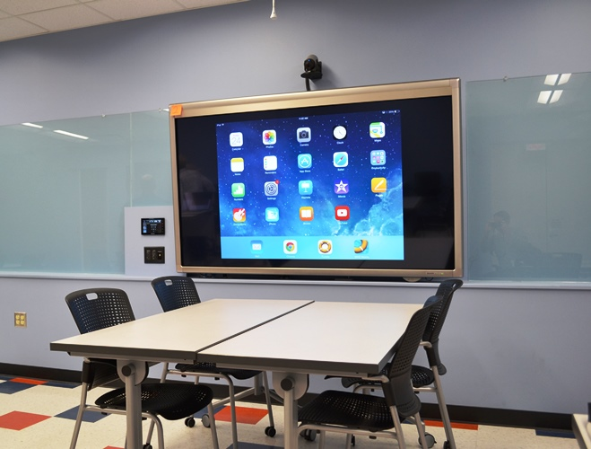 Touch screen in Lab Room of Education Building
